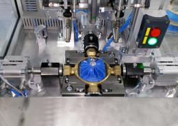 stroj-pro-zkouseni-tesnosti-mosazneho-vykovku-01